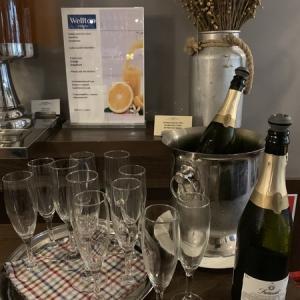 【バルト三国】3日目-1 ラトビア首都リガ・Wellton Hotelの朝食はスパークリングワイン付!