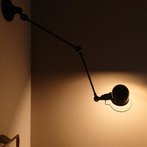 トイレ照明の陰影がかっこいい!!