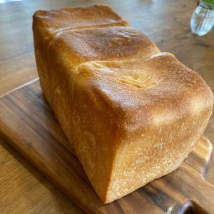 今流行りの高級食パン(笑)