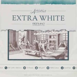 ファブリアーノエキストラホワイト水彩紙をレビューしてみます。