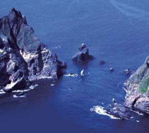 韓国軍が竹島に上陸して軍事演習!最新の海外ニュースで英語を学ぶ