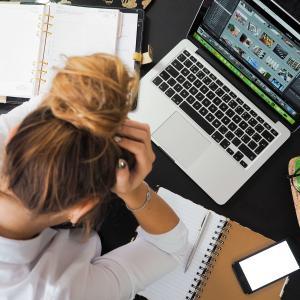 「損してるブログ」の共通点とブログの価値を高めお金に換える方法