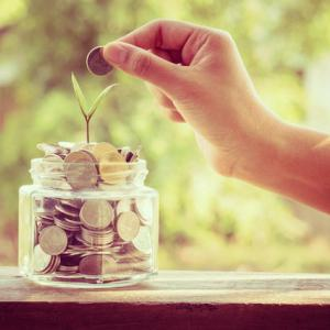 子供のために貯めておくべきお金か?