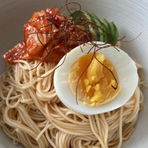 夏のランチに🎐韓国風の「ピリ辛ビビンそうめん」とKALDIの「ふるる冷麺」