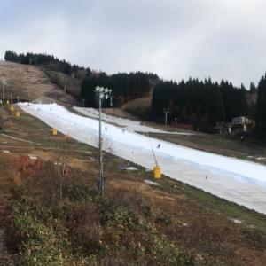 ウイングヒルズで平日スキーの2日目は快晴でした(^ω^)/