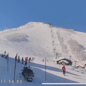 今日滑りに行ける人が羨ましい〜笑