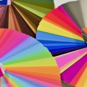 QooQカスタマイズ:ヘッダーの色をブランドカラー以外にする方法