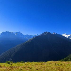スイスハイキング      グリメンツ・ベンドーラ展望台
