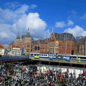 ヨーロッパ周遊9日間    オランダ・アムステルダム市内観光
