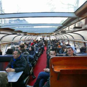 ヨーロッパ周遊9日間    オランダ・アムステルダムの運河クルーズ