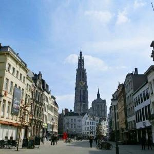 ヨーロッパ周遊9日間    ベルギー・アントワープ