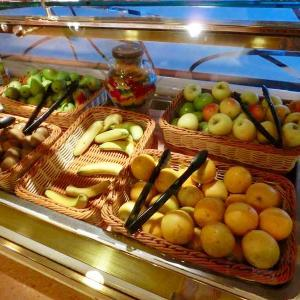 オセアニアクルーズ     ホライゾンコート(ビュッフェレストラン)
