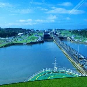 パナマ・カリブクルーズ   パナマ運河通航・ガツン閘門
