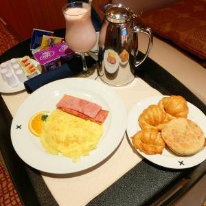 パナマ・カリブクルーズ   終日クルーズ・朝食