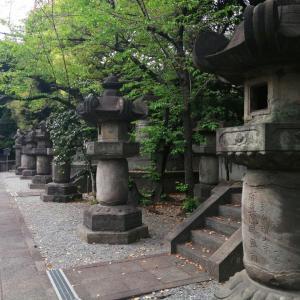 都会にひっそりとたたずむ増上寺・徳川将軍家墓所/東京散歩
