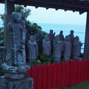 なんとなく秘境っぽい日本三岩船地蔵尊・上総岩船/千葉の風景