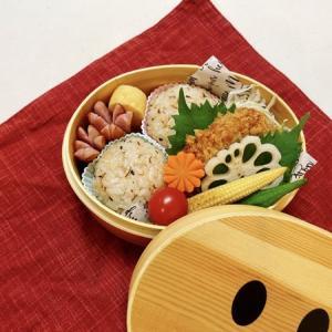 8月30日(月)胡麻昆布のまん丸おむすびとひれかつ弁当