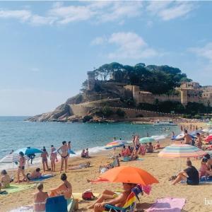 バルセロナから1時間半、トッサデマル(Tossa de Mar)の過ごし方【コスタブラバ】