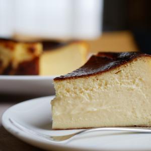 濃厚とろける新感覚デザート!バスクチーズケーキ♪