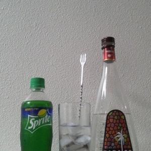【カクテルレシピ】 自宅でカクテル 204杯目 「ライチ・スプライト」