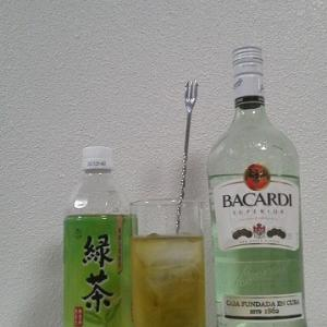 【カクテルレシピ】 自宅でカクテル 387杯目 「ラム・緑茶」