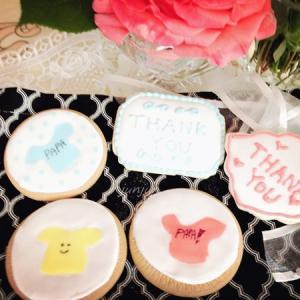 市販のクッキー マリーにTシャツのデザインのアイシングクッキー