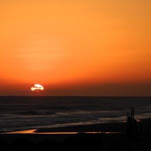 遠州灘の夕陽 210127