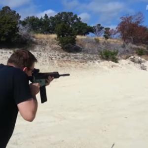 3Dプリンターで銃を作る男 – 3D Printed Guns