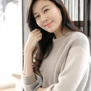 女優ハ・ジウォン、男優を引き立てる素敵な女優のお一人だそうです!!