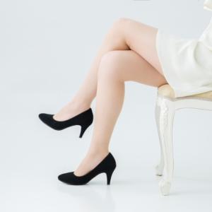 脚の組み方は骨盤の歪みで決まる!?