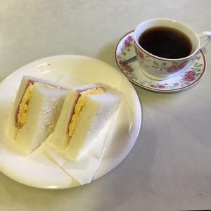 古の喫茶店で昭和な雰囲気を過ごす、摩呂儛(堺市堺区)