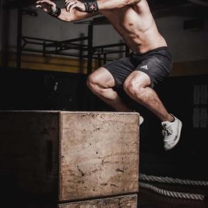 【野球】ジャンプ力を上げるトレーニング6選【球速につながる】