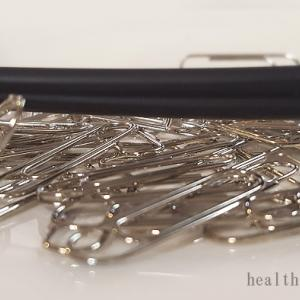 磁気ネックレスは密着させないと効果半減?腕時計との安全な距離は10cm以上