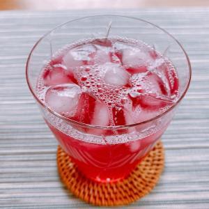 「赤紫蘇ジュース」で夏を乗り切る!女性に嬉しい効果効能