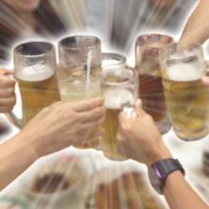 【2019年&2020年版】大学生必見!!飲み場の席で覚えておきたい飲みコール5選!