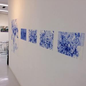 桃×白×青 展、今日から16日まで、、私の絵はボールペンです。
