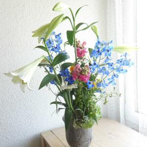 テッポウユリの花束♡