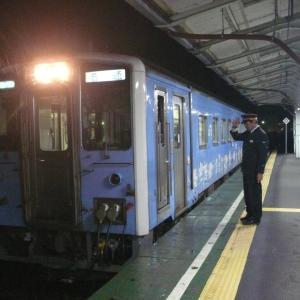 雨の夜の花咲線根室駅