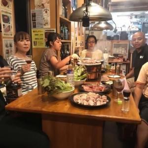 """大家族で頑張る焼き肉店の""""弁当作り""""作戦"""
