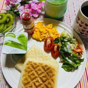 今日の朝食 ランチバックを使って