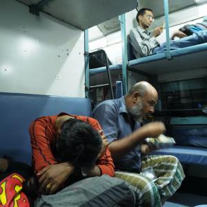 【インド】ハイデラバードからチェンナイへ夜行列車で移動