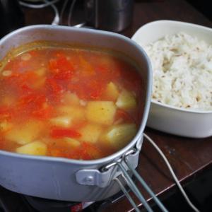 トラベルクッカーを使って自炊を楽しもう!