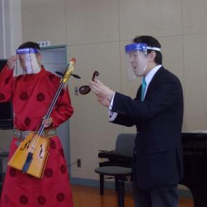 民族音楽「モンゴルの音楽」の出前授業