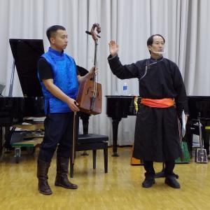 一般公開講座「〈馬頭琴奏者〉アスハンの演奏を味わいながら『モンゴルの音楽』に親しもう」実施