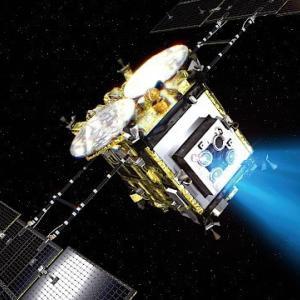 """リュウグウのサンプルを持って探査機""""はやぶさ2""""が12月6日に帰ってくる!"""