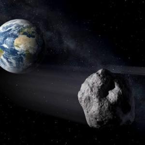 """地球のもうひとつの月""""ミニムーン"""" 今回見つかったのは、どうやら人工物のようです。"""