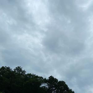 梅雨明けはまだ先?