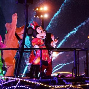 ファンタズミックの2人は♥ラブラブ♥ミッキーとミニーは・・