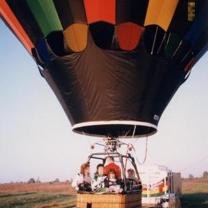 シンデレラ城に向かって気球に乗って【飛び立つ編】