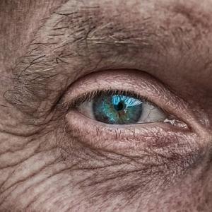 年齢を重ねると女性を見るポイントが変わりますね